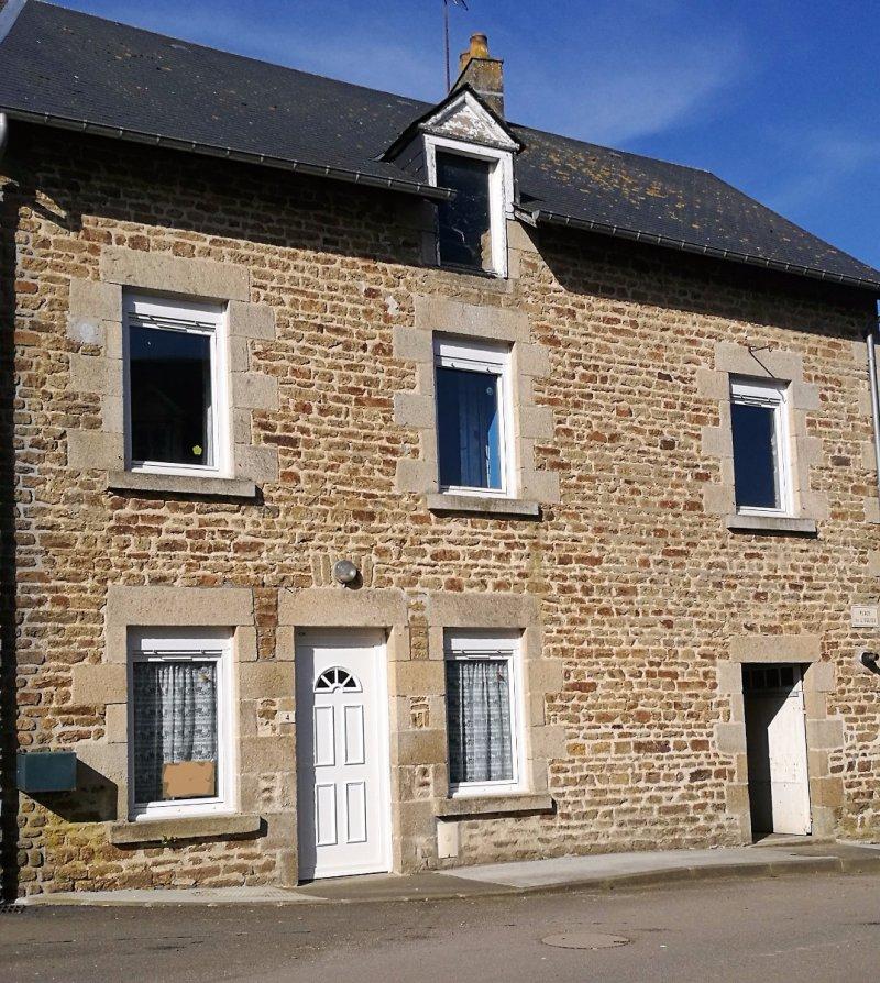 Vente maison de bourg habitable for Vente maison individuelle surface habitable